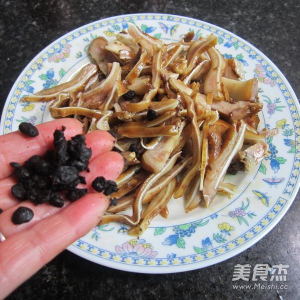 微波豆豉猪耳怎么吃