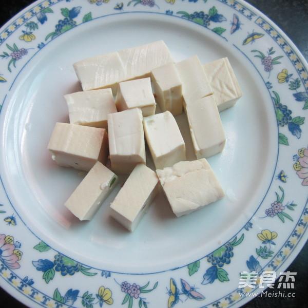猪骨粉皮豆腐猪血汤的家常做法