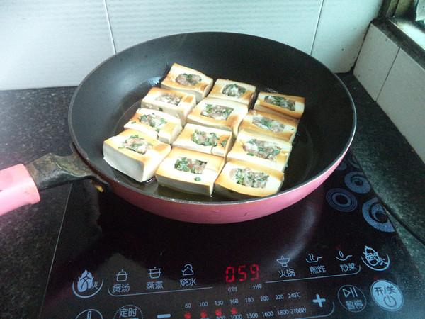 猪肉韭菜馅豆腐盒子怎么吃