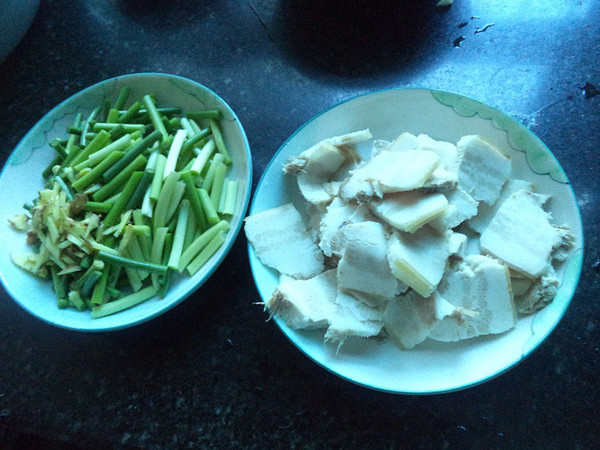 蒜苔炒五花肉的做法大全