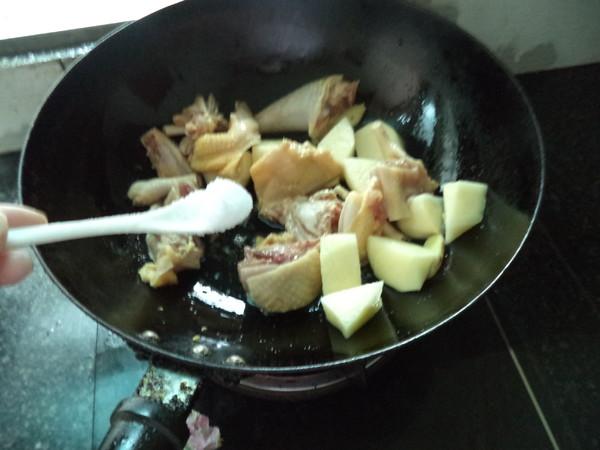 土豆三黄鸡怎么吃