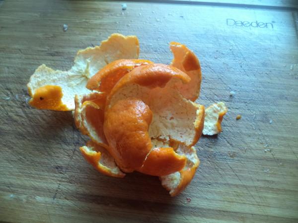 桔皮熏腊肠的做法图解