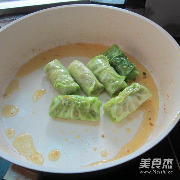 香煎翠绿包菜卷怎么煸