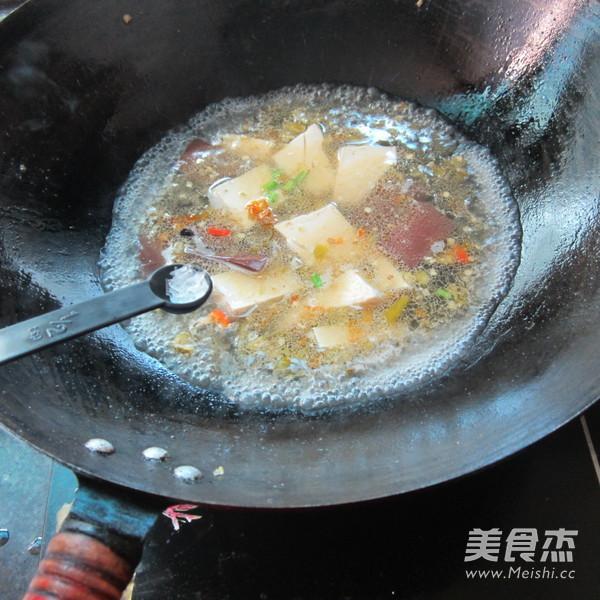 猪血豆腐汤怎么做