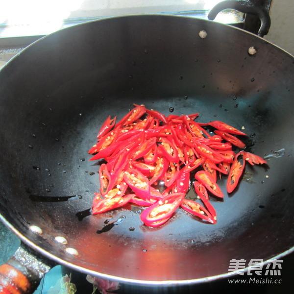 辣卤肉的家常做法