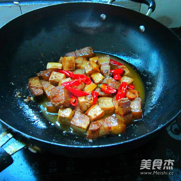 豆腐干烧腊肉怎么炒