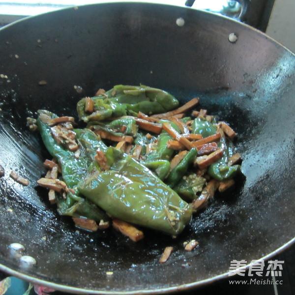 煎辣椒烧豆腐丝怎么煸