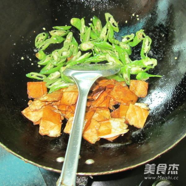 鱼香香干片怎么做