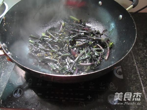 清炒红菜苔的简单做法
