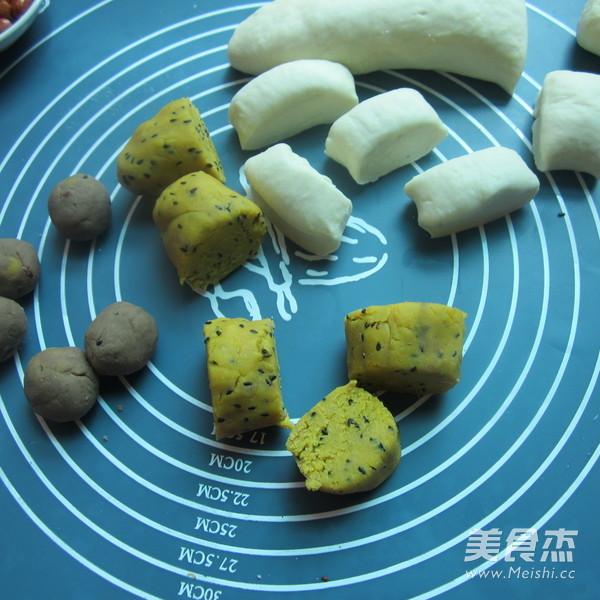 芝麻豆沙馅月饼的做法图解