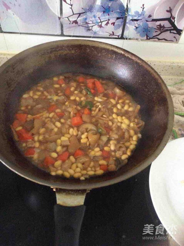 猪皮炒黄豆芽怎么做