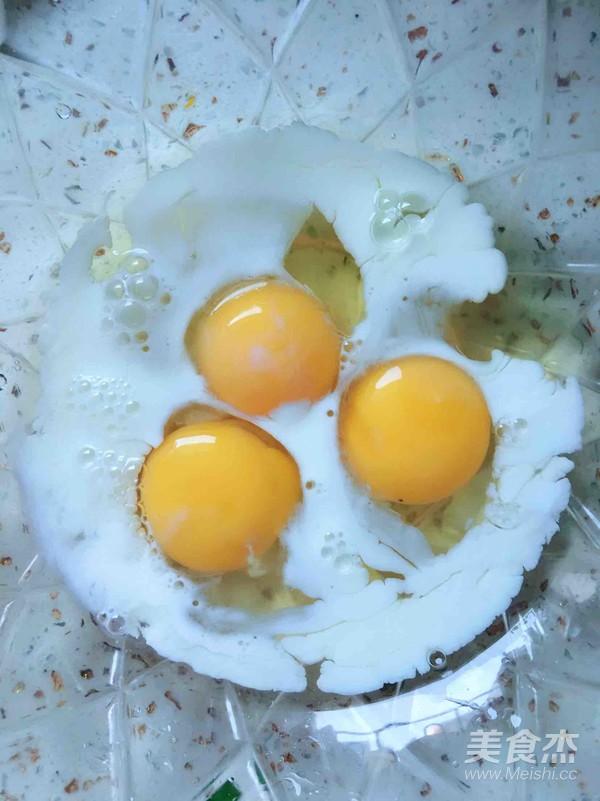 奶香韭菜虾皮鸡蛋饼的做法图解