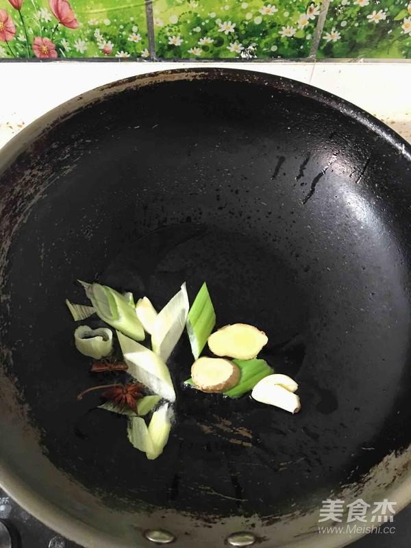 海鲶鱼炖豆腐怎么做