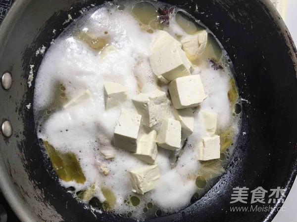 海鲶鱼炖豆腐怎么炖