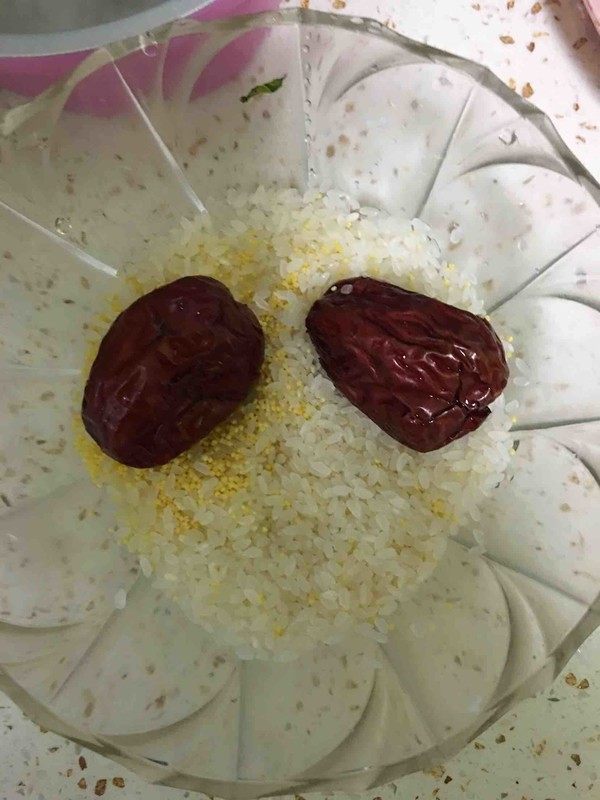 银耳莲子粥的家常做法