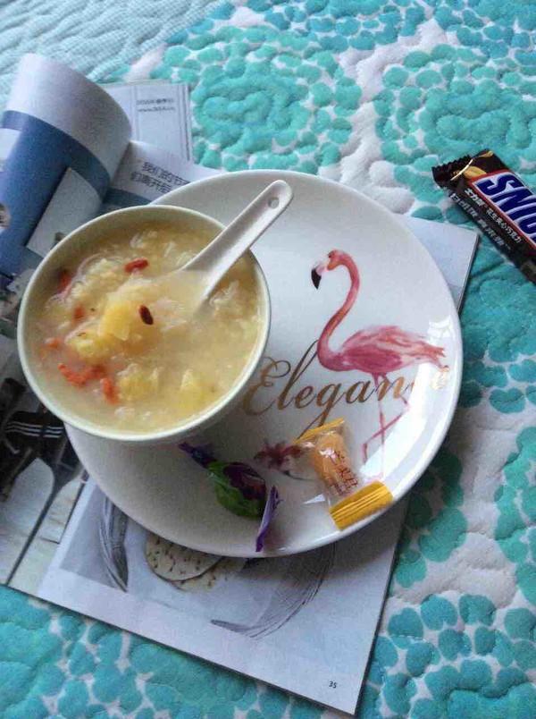 菠萝银耳小米粥怎么做