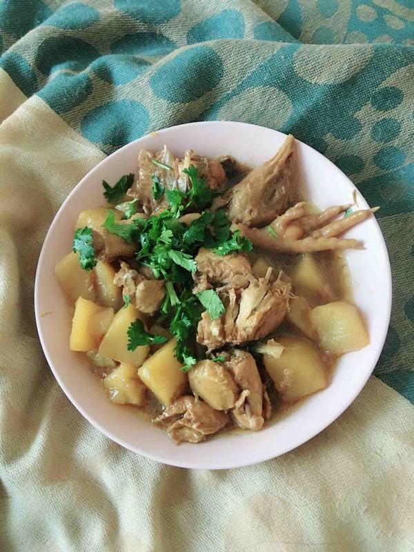 三黄鸡炖土豆怎么炖
