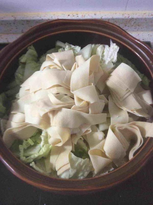 五花肉白菜炖干豆腐怎么做