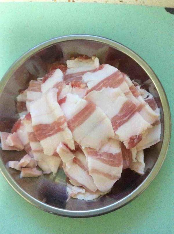 猪骨酸菜怎么吃