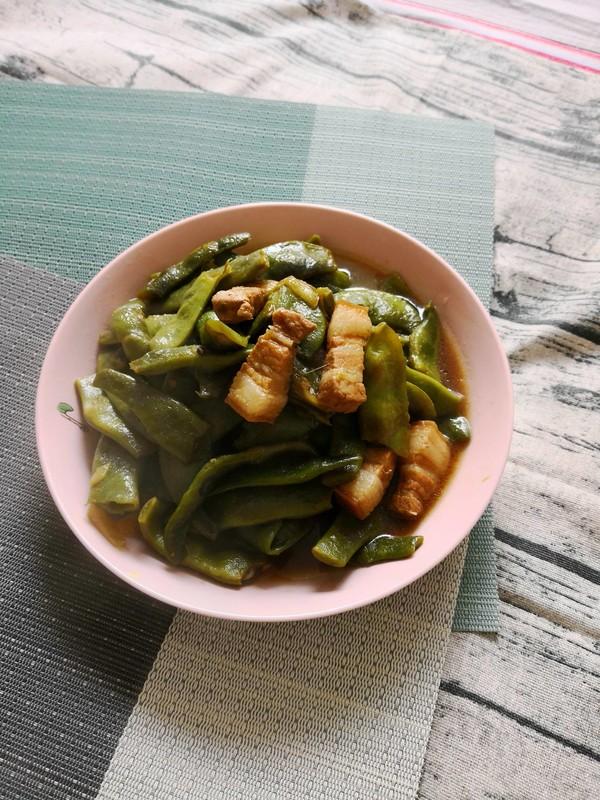 五花肉炖面豆怎样做