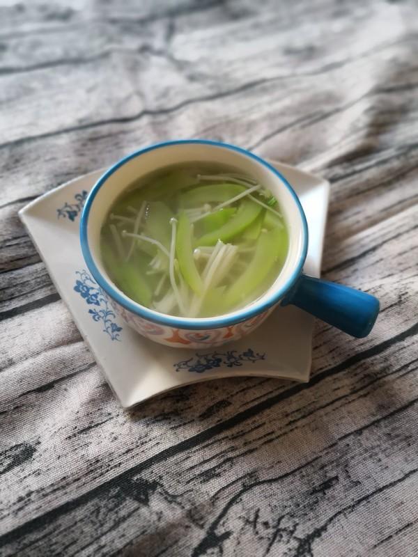 西葫芦金针菇汤成品图