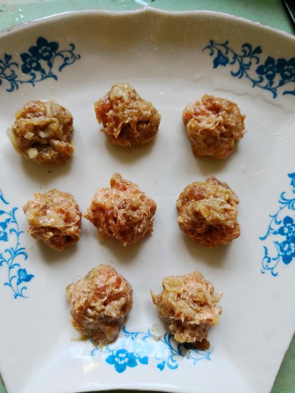 青萝卜羊肉丸子的简单做法