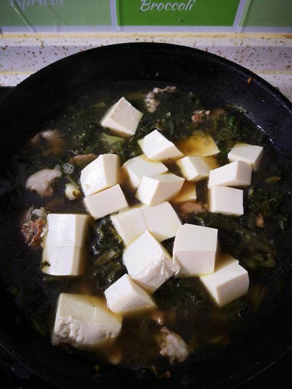 雪里红炖豆腐怎样煸