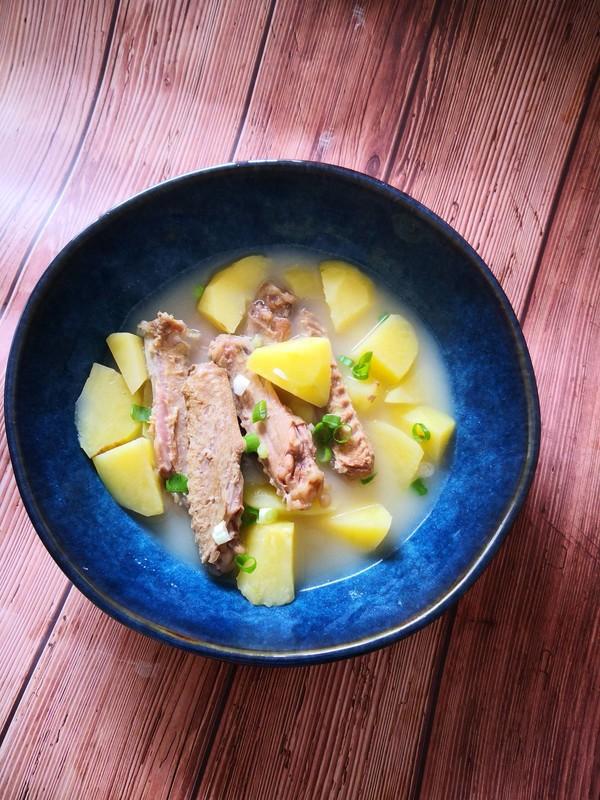 鸭翅炖土豆怎么做