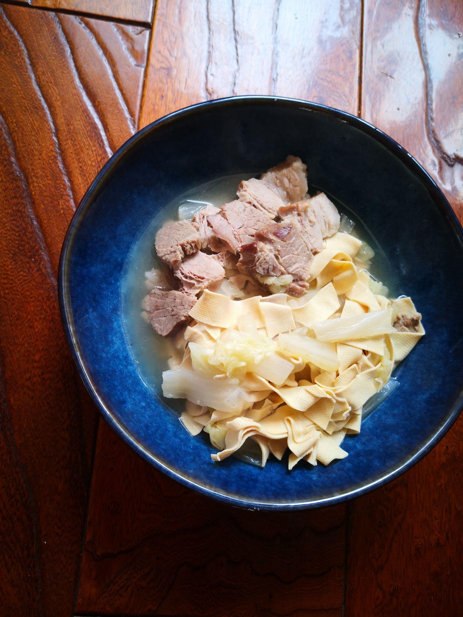 五花肉炖干豆腐怎么煮