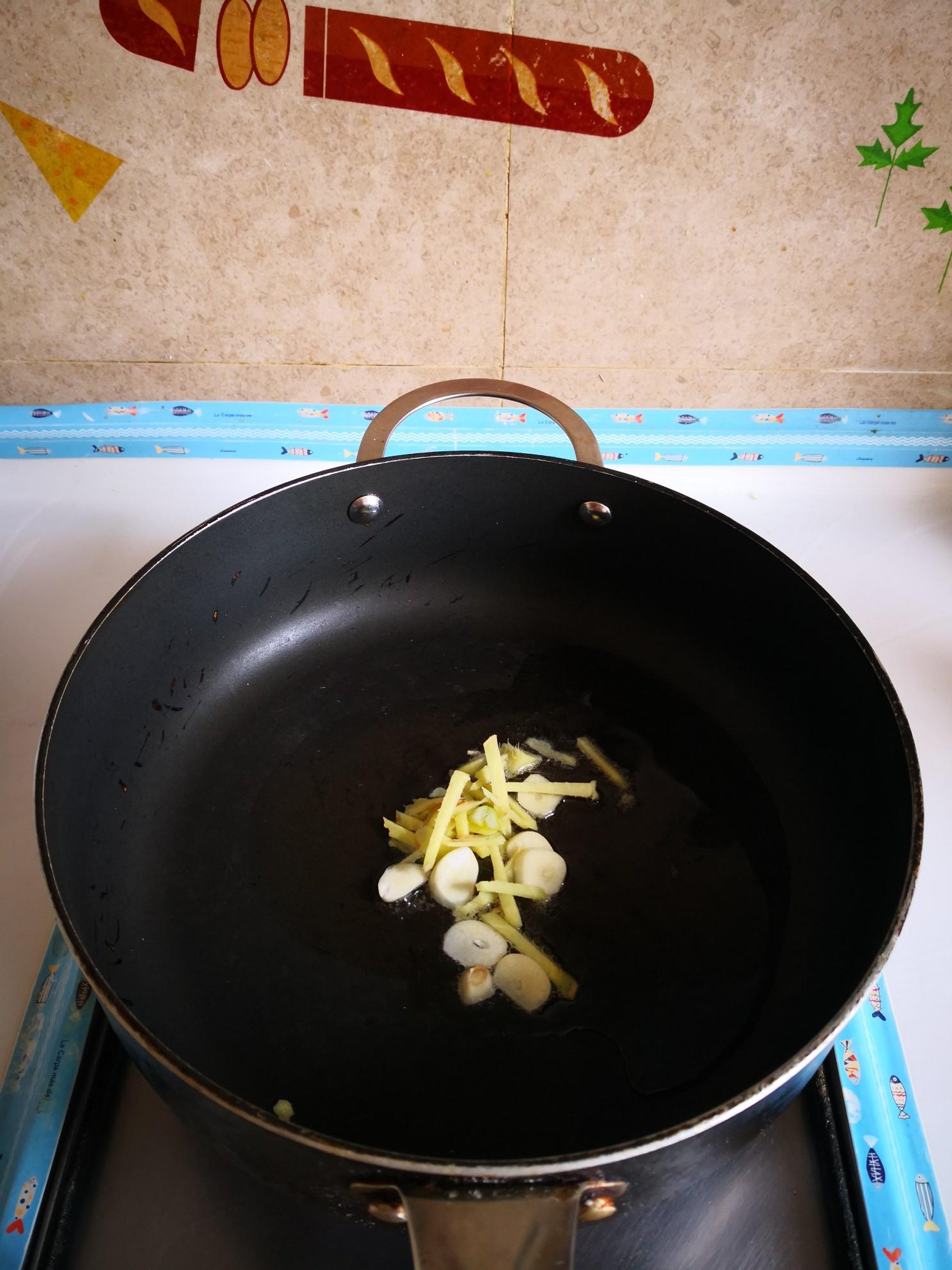 葱香小海虾的家常做法