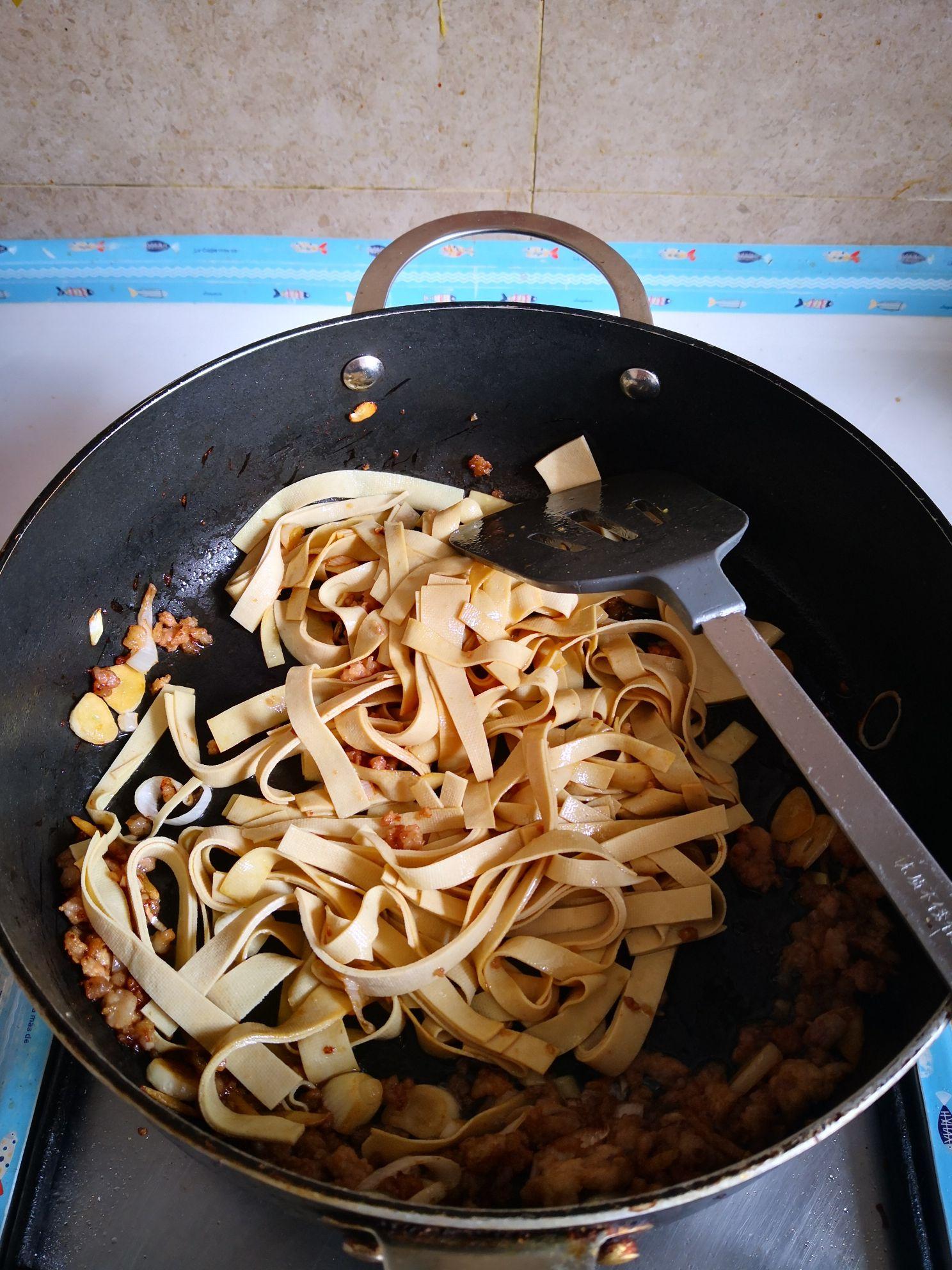 小白菜干豆腐汤的家常做法