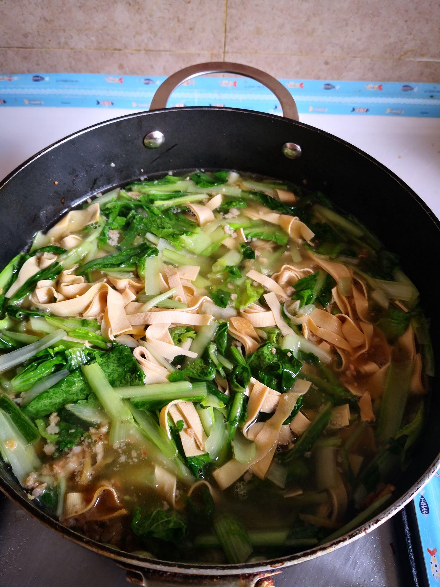 小白菜干豆腐汤怎么吃
