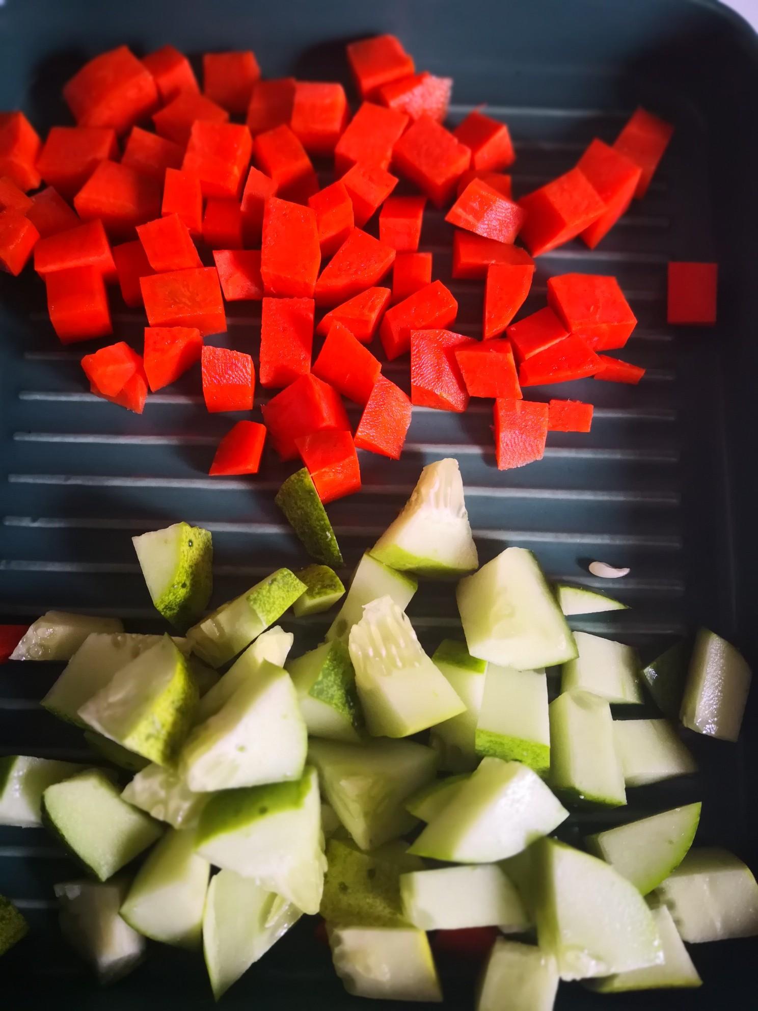 胡萝卜炒黄豆的做法图解