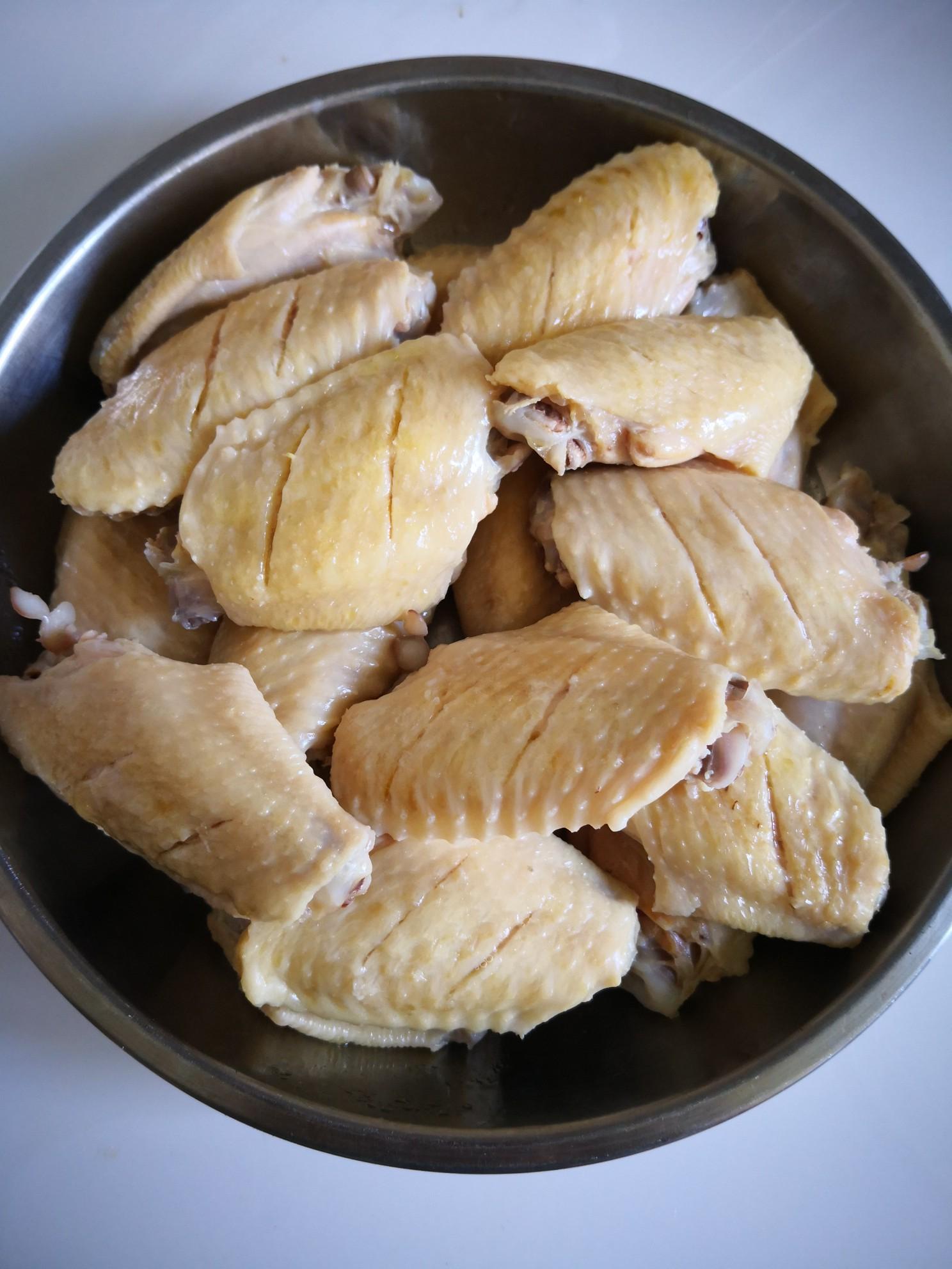 腐乳酱鸡翅的家常做法