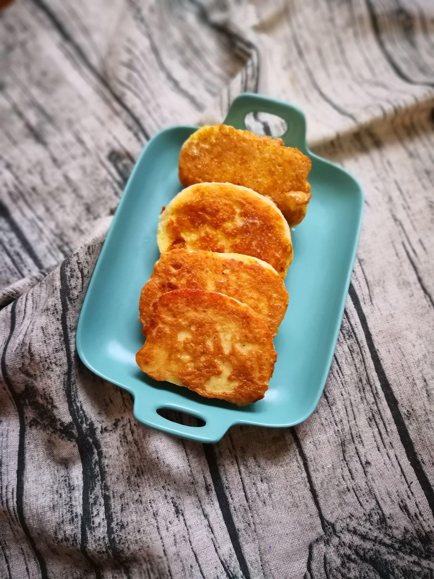 鸭蛋煎馒头片怎么煮