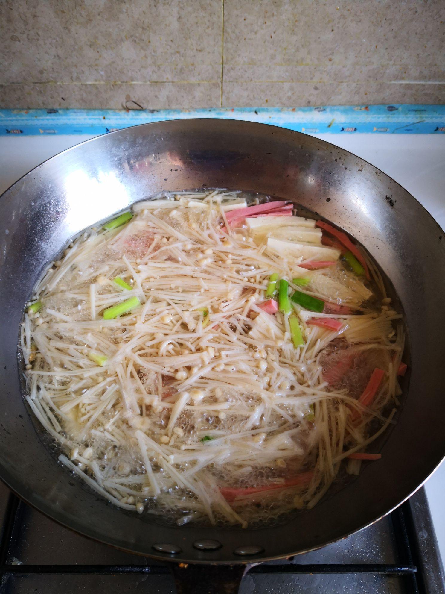 火腿肠豆腐汤怎么炒
