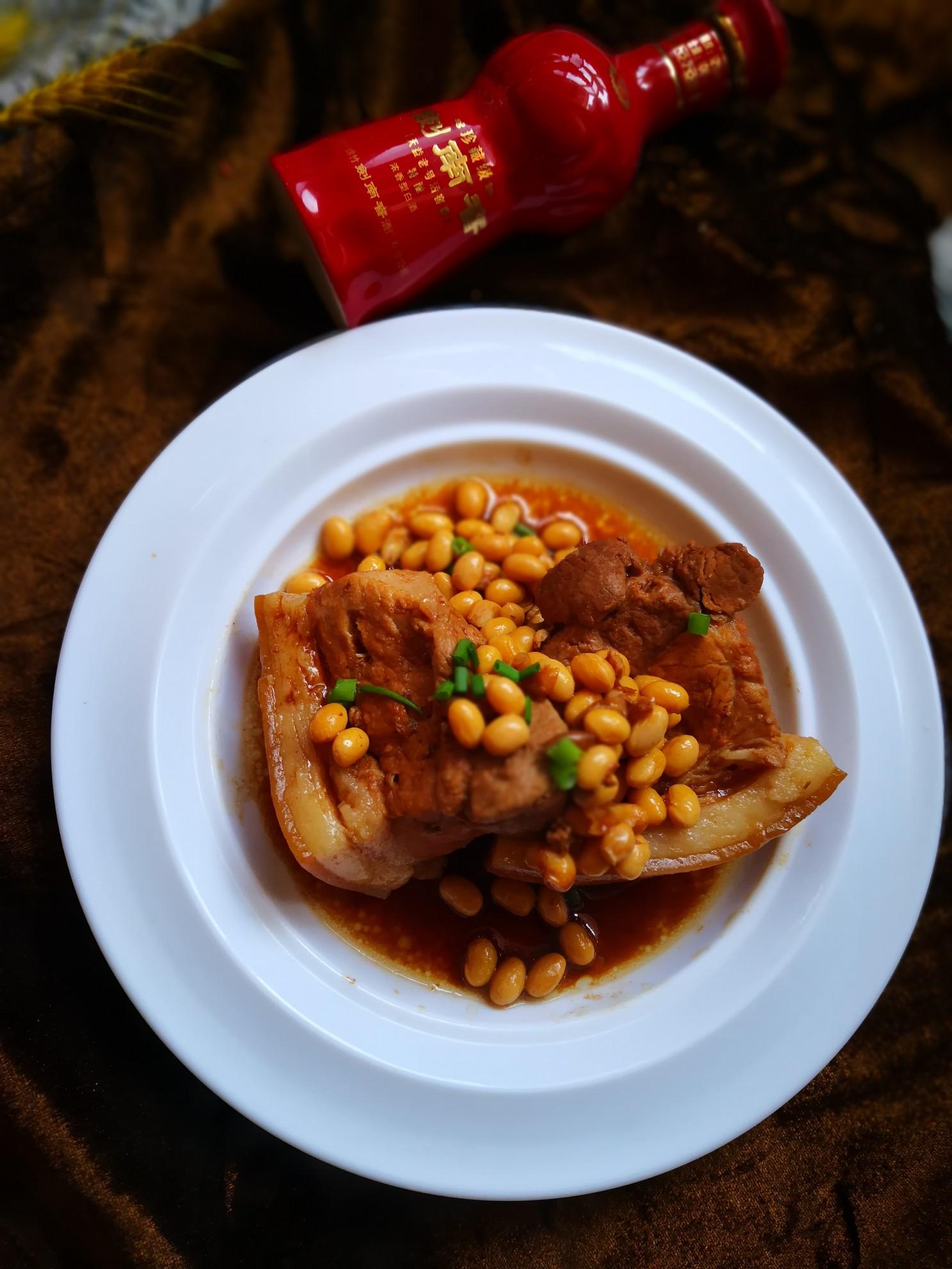 老汤黄豆后丘肉成品图