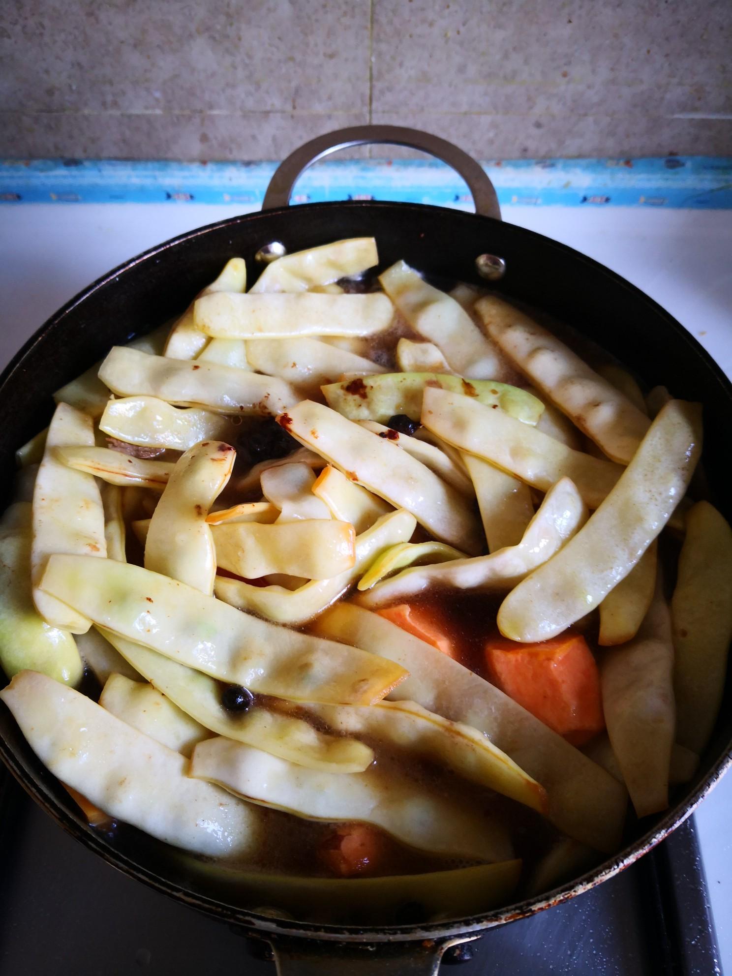 红薯炖黄金豆怎么煮