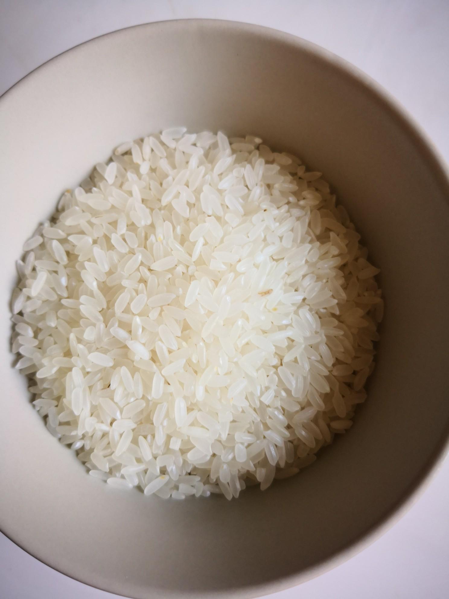 三文鱼牛油果米饭的步骤