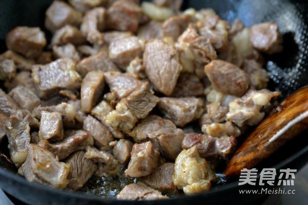 红烧牛肉煲怎么做