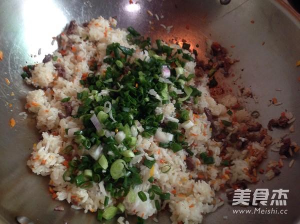 牛肉蛋炒饭怎么煮
