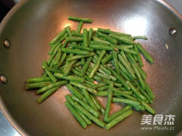 尖椒肉片豆角的家常做法