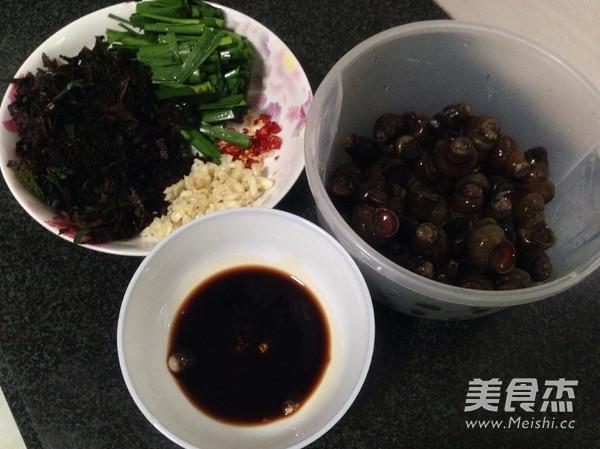 韭菜炒石磥的做法图解