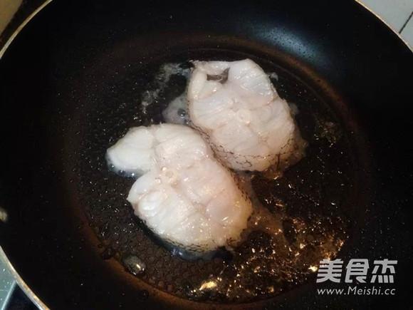 鳕鱼炖豆腐的做法图解