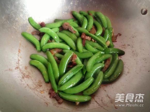 腊肉炒荷兰豆怎么煮