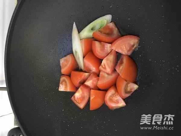 西红柿肉片汤的简单做法