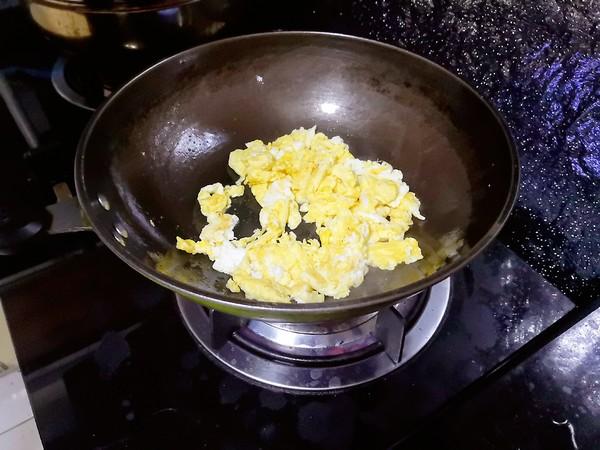 菠菜炒鸡蛋怎么做