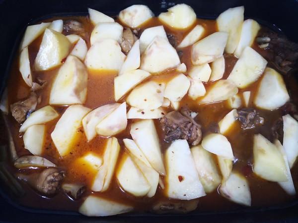 土豆烧鸡块怎样做
