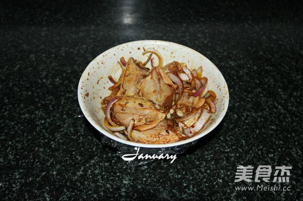 蜜汁烤鸡翅的家常做法