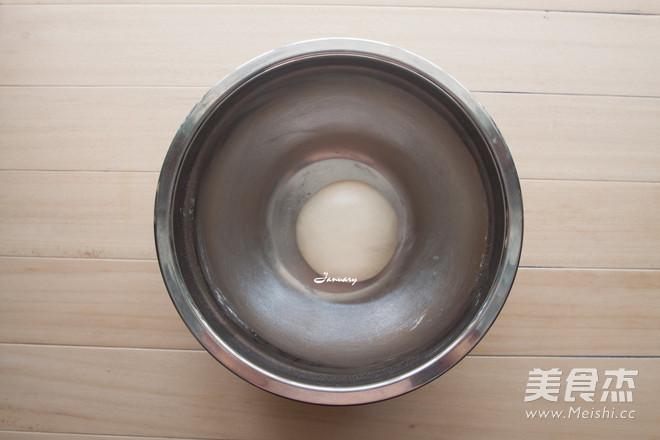 炼奶椰蓉小面包的家常做法